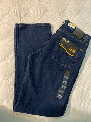 Men Lee Jeans for Sale in Wauchula, FL