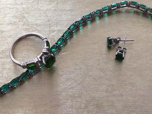 Ladies ring, earrings & bracelet set. for Sale in San Jacinto, CA