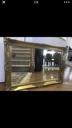 """Antique French wood mirror 36""""X24"""" """" SERIOUS INQUIRIES PLEASE """" for Sale in Gainesville, VA"""