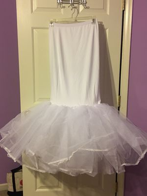 Mermaid Wedding Dress Slip (Size Small) for Sale in Lorton, VA