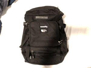 Supreme x the north face x steep tech backpack trade for 400 or 500 dollar amazon gift card or Nike,apple,adidas,visa, for Sale in Valley Stream, NY