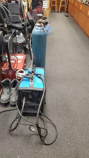 Clarke weld mig 130en welder w/argon tank for Sale in Delray Beach, FL