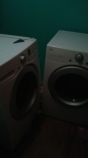 Washer and dryer set for Sale in Pittsburgh, PA