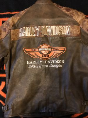 Harley Davidson 100 year anniversary size XL brown leather jacket! for Sale in Denver, CO