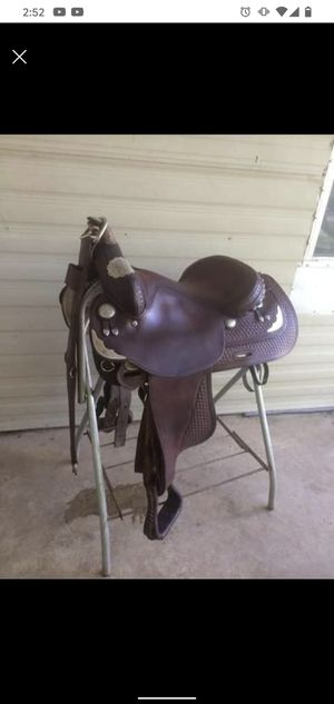 """15.5"""" 1992 Crates Western Show Saddle for Sale in Hanover, PA"""