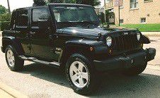 Jeep Wrangler Sahara sport utility unlimited 2007 for Sale in Chicago, IL
