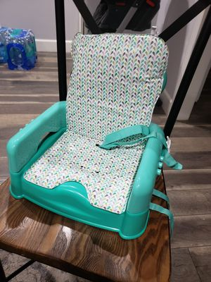 Booster Seat for Sale in Artesia, CA