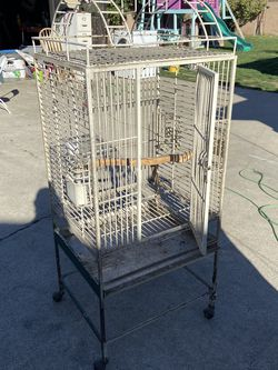 Cage for Sale in Santa Ana,  CA