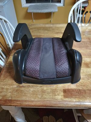 Car booster seat for Sale in Smyrna, TN