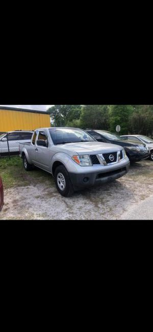 Nissan frontier front bumper 2006 for Sale in Hollywood, FL