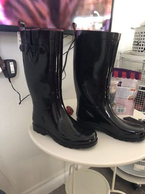 Rain boots size 7 for Sale in Anaheim, CA