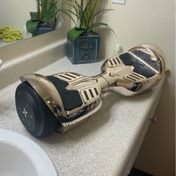 Hover 1:hoverboard It's A Little Use It Has A Bit Of Scratches In The Bottom But Works Perfectly Fine for Sale in Tacoma,  WA
