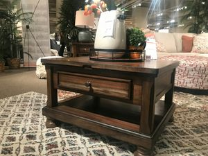 Ashley Furniture Brown Lift Top Coffee Table for Sale in Santa Ana, CA