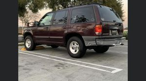 2000 Ford Explorer XLT for Sale in Santee, CA