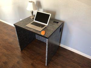 Computer desk for Sale in Greensboro, NC