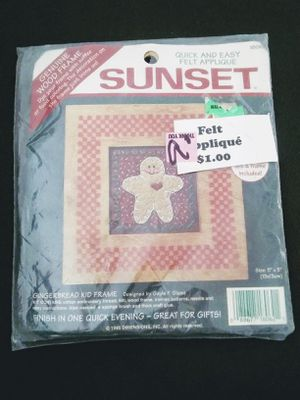 Sunset gingerbread man frame Christmas felt applique cross stitch Kit #18062 for Sale in Des Plaines, IL