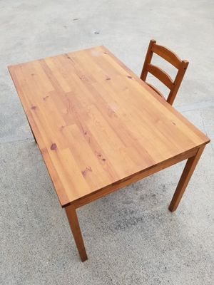 Wood table and chair for Sale in Monrovia, CA