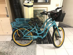 Electric bikes. 2 Izip Zuma like new but need batteries bike bicycle for Sale in Delray Beach, FL