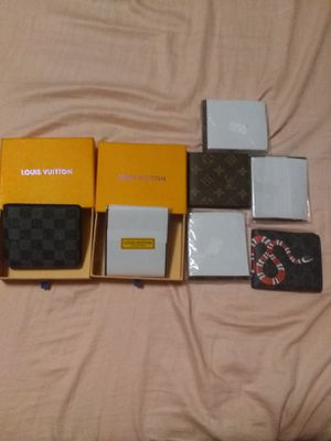 Wallets men lv luxurious new for Sale in Compton, CA