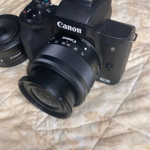 Canon M50 w/ 2 Lens for Sale in Oak Park, IL