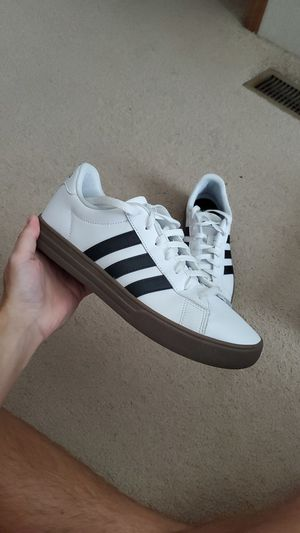 8-1/2 Adidas Daily for Sale in Gonzales, LA