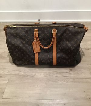 LV duffle bag for Sale in Los Angeles, CA
