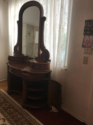 Antique dresser wood for Sale in Miami, FL
