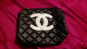cc makeup bag pick up for Sale in Chicago, IL