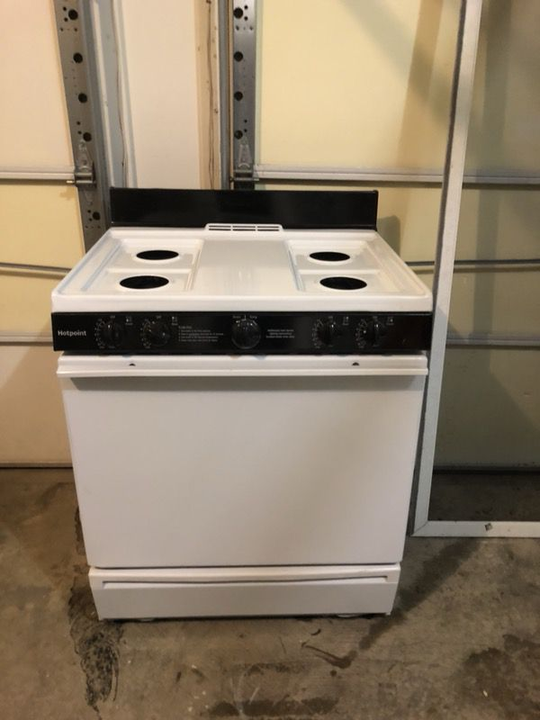 Hotpoint Gas Oven and Stove
