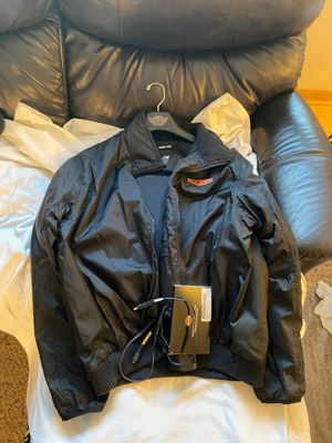 Harley Davidson Men's electric heated liner/jacket XL (roomy XL) for Sale in Wheaton, IL