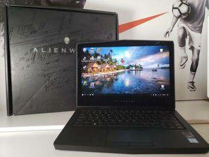 Alienware 13 R3 oled i7 7700 gtx 1060 512 gb ssd 32gb ram wifi 6 and bluetooth 5.1 for Sale in Alafaya, FL