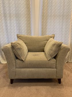Comfy Chair for Sale in Vista,  CA