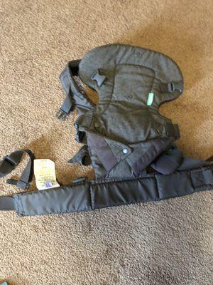 Baby carrier for Sale in Centerburg, OH