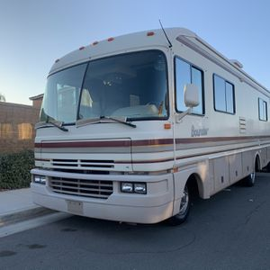 1995 Fleetwood Bounder Motor Home RV for Sale in Lake Elsinore, CA