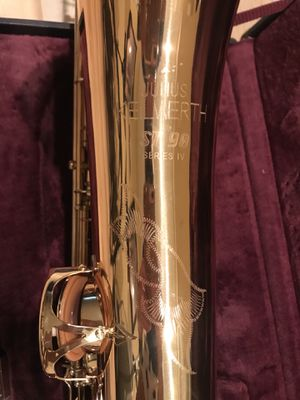 JULIUS KEILWERTH BARITONE SAXOPHONE! MINT CONDITION! for Sale in Baltimore, MD