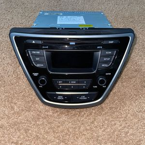 Hyundai elatra 2015 radio for Sale in Riverview, FL
