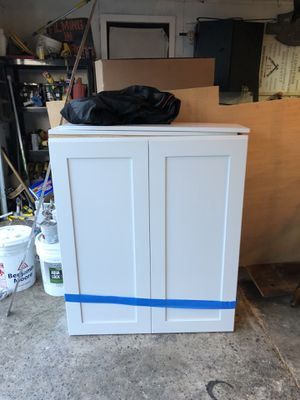 New White Shaker Cabinet for Sale in Bristol, PA