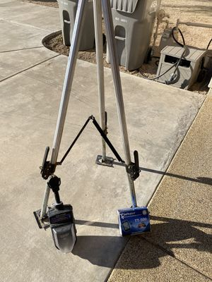 BAL kingpin tripod full-timer for Sale in Scottsdale, AZ