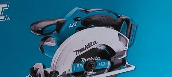 Cordless Makita Circular Saw for Sale in Grasonville,  MD