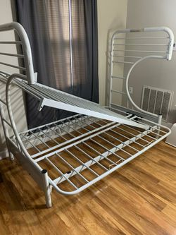 This Is A Twin Over Full Bunk Bed With A Single Mattress For The Top Bunk for Sale in Nashville,  TN