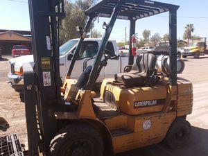 CAT FG-25 forklift for Sale in Phoenix, AZ