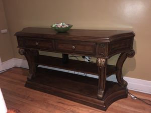 Wooden tv stand for Sale in Detroit, MI