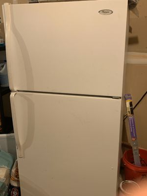 Whirlpool refrigerator $100 for Sale in Tracy, CA