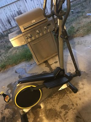 Golds Gym Elliptical for sale for Sale in Fontana, CA
