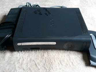 Xbox 360 Console for Sale in Gladstone,  OR