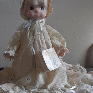 Precious Moments Vintage 1992 Christening Doll for Sale in Tampa, FL