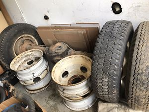 1988 Dodge Dually D350 deferential & wheels and tires for Sale in Los Angeles, CA