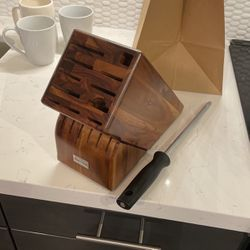 Wusthof 15 Slot Acacia Knife Block for Sale in Los Angeles,  CA