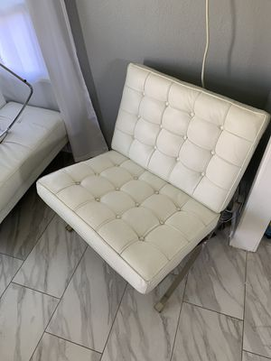 White modern oversize lounge chair for Sale in Montclair, CA