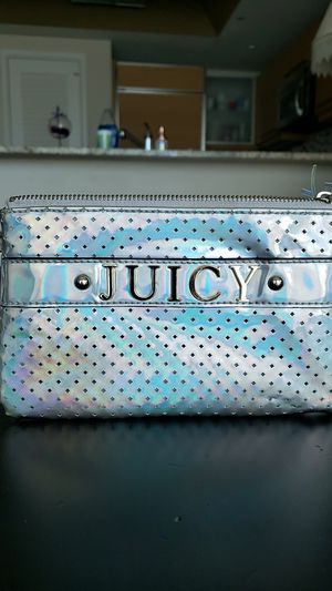Juicy couture wristlet for Sale in Las Vegas, NV